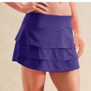 Athleta Swagger tier ruffle mini skirt skort Med